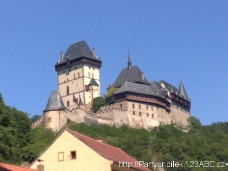 Foto Hradu Karlštejn, jednoho z nejnavštěvovanějších českých hradů.